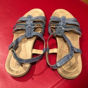 Bass sandals 10M blue leather/ Velcro EUC
